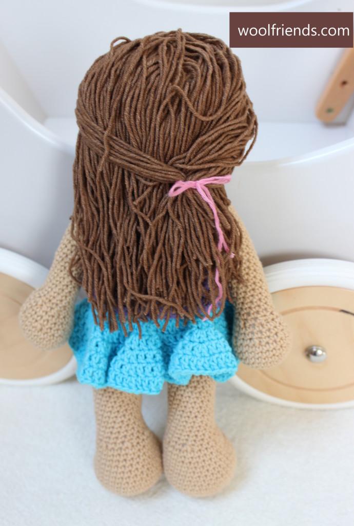 Szydelkowa lalka tyl fryzura
