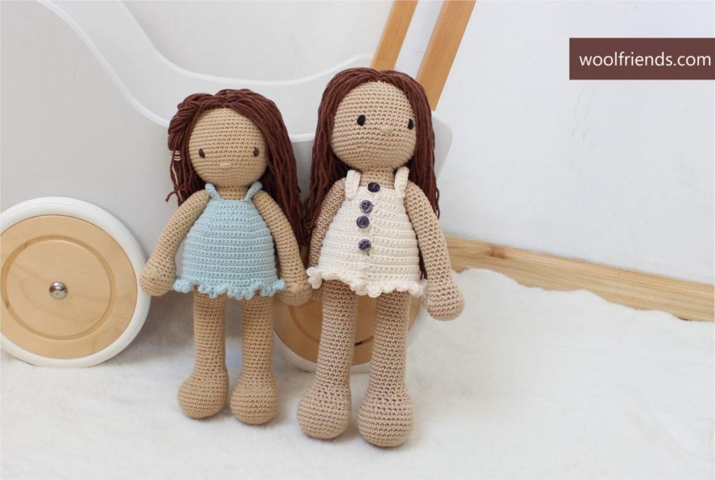 dwie lalki siostry szydelkowe