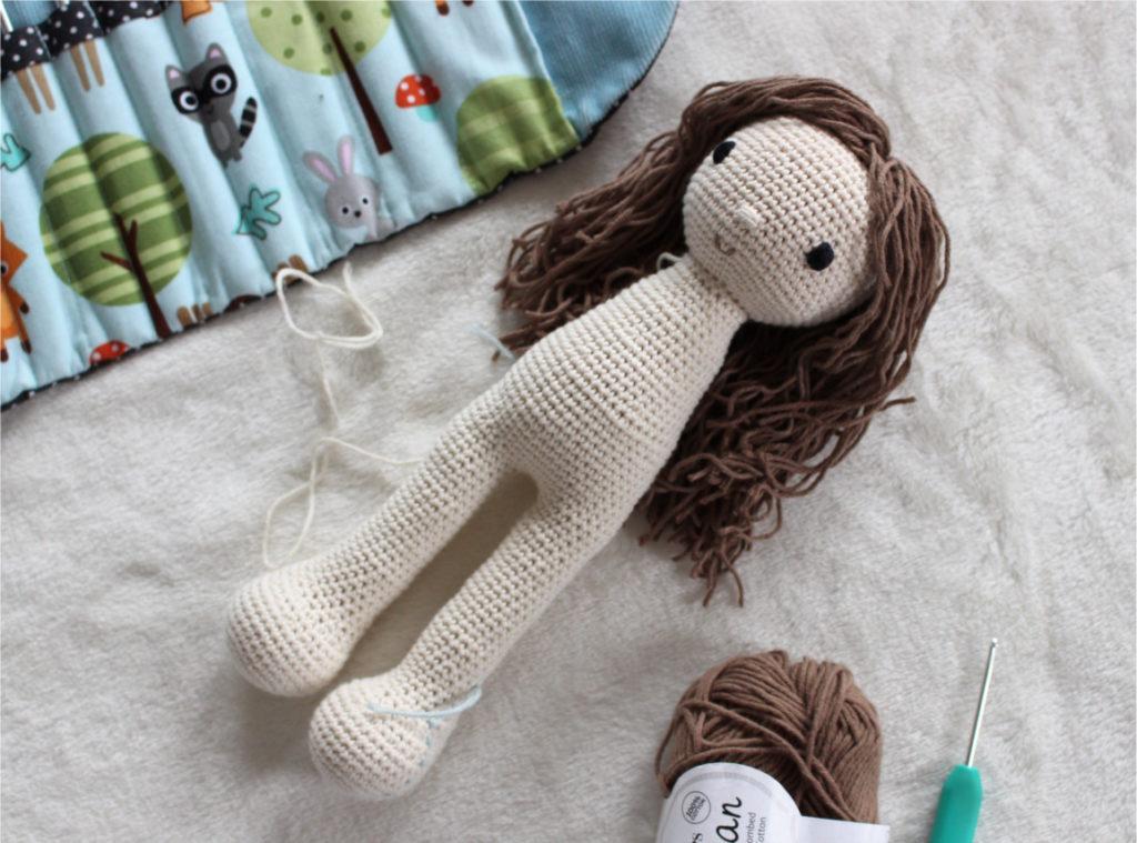 szydelkowa lalka