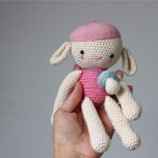 Jak zrobić na szydełku smoczek dla lalki (lub owieczki)?