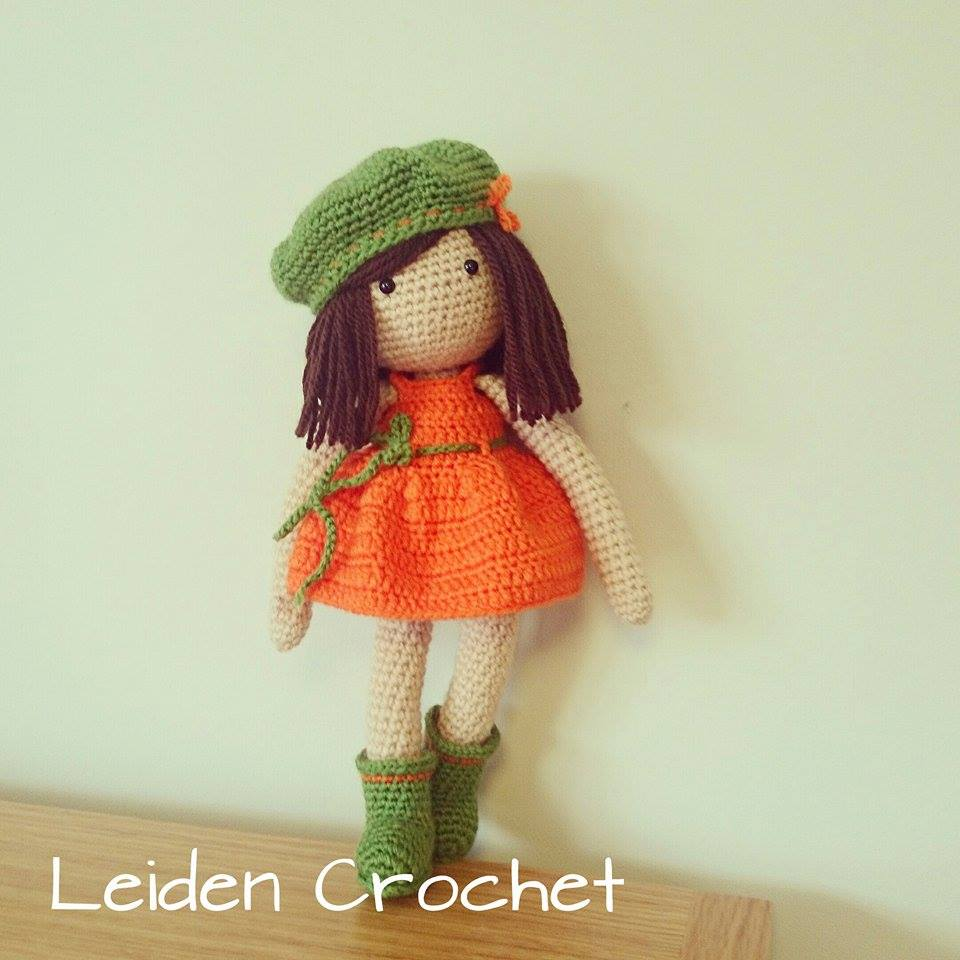 leiden crochet_lala w zielonych butach i berecie