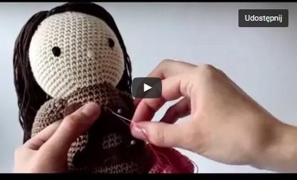 Jak naszyć aplikację na szydełkową lalkę? – film