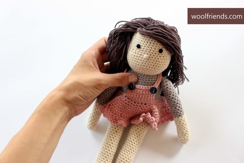Szydełkowe lalki z włóczki Drops Safran